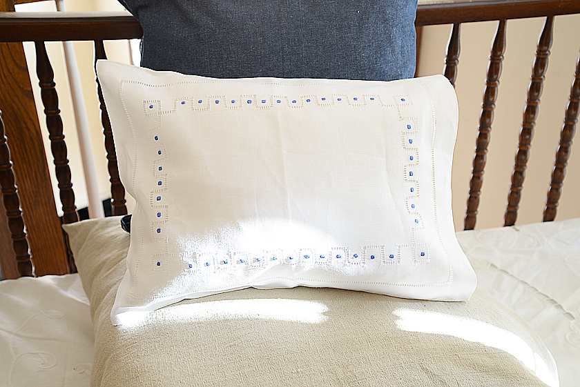baby pillowcases French Blue colored polka dots