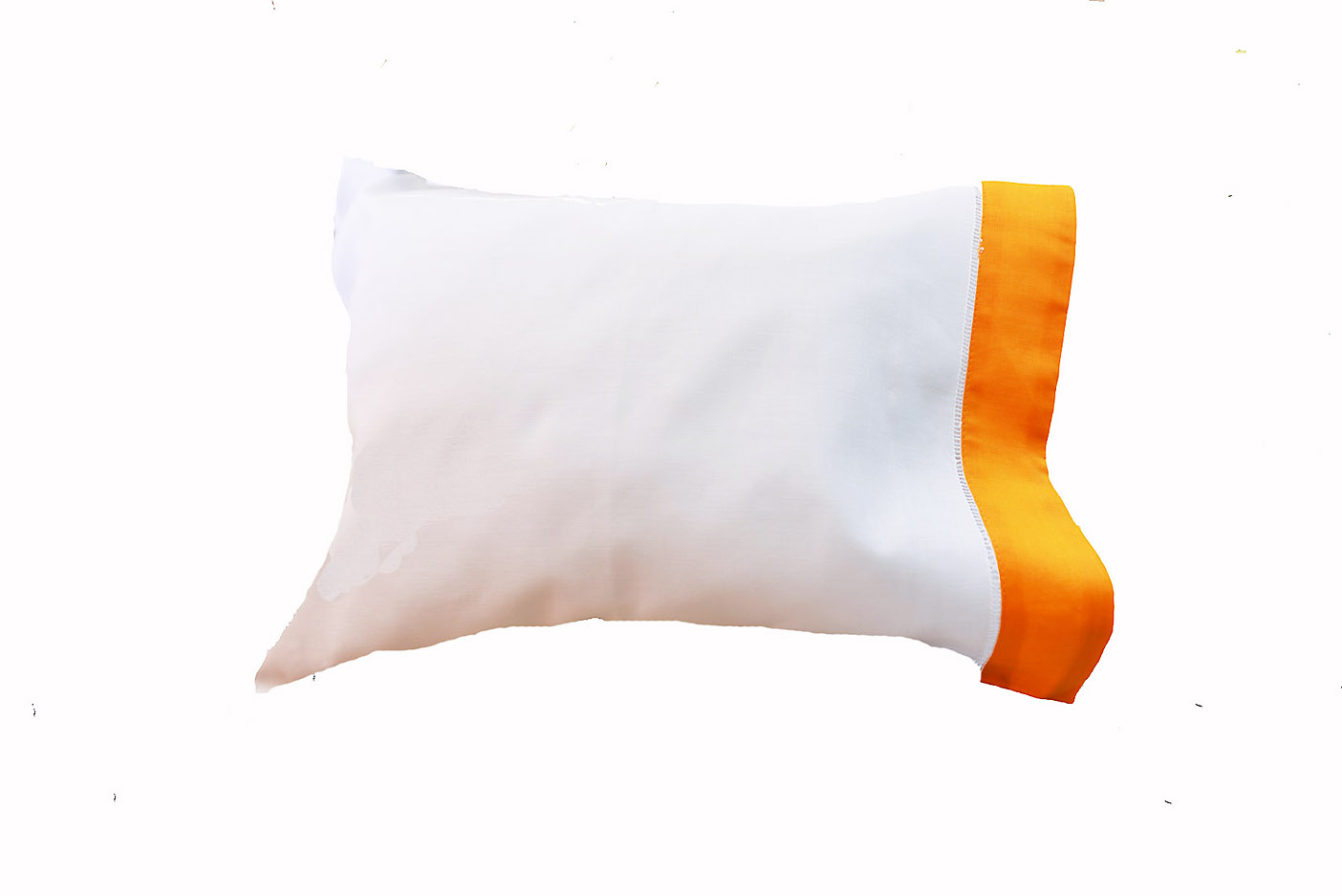 baby pillowcases Apricot colored trimmed