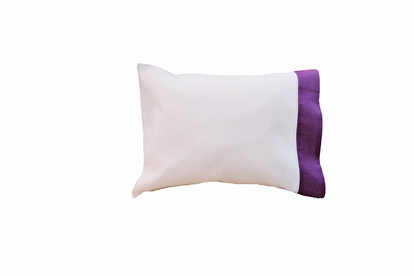 baby pillowcases with Purple colored trimmed