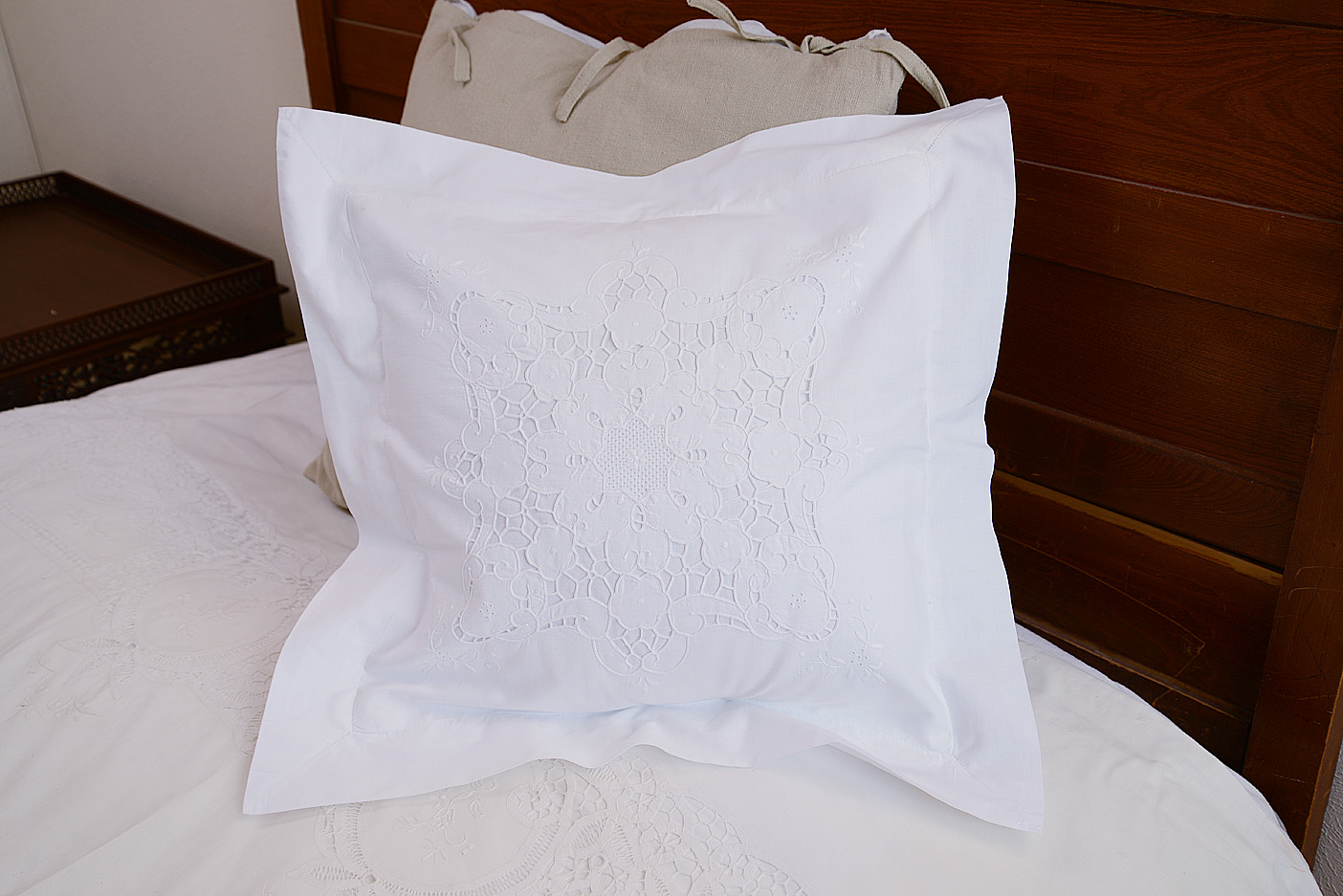 """Victorina Embroidered pillow 18""""x 18"""""""