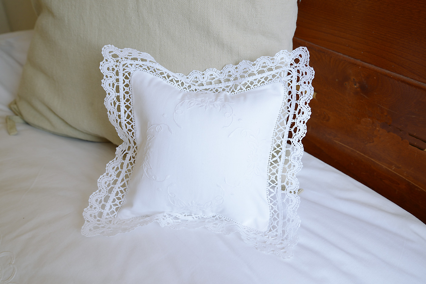 miniature baby pillow lace trimming t